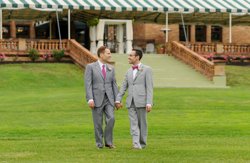 Wedding couple at Cranwell Spa & Golf Resort.