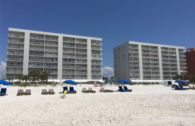 Rental beach at Gulf Shores Rentals.