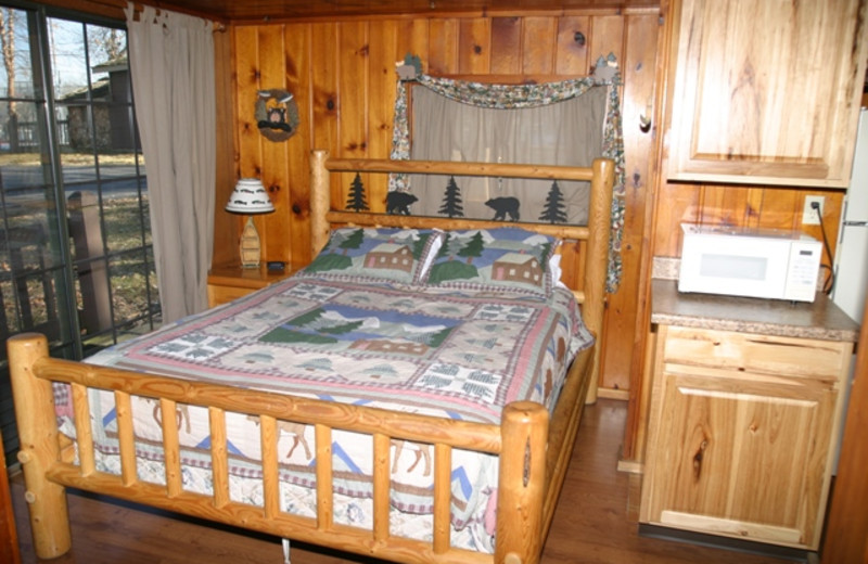 Unit bedroom at Lakeview Resort.