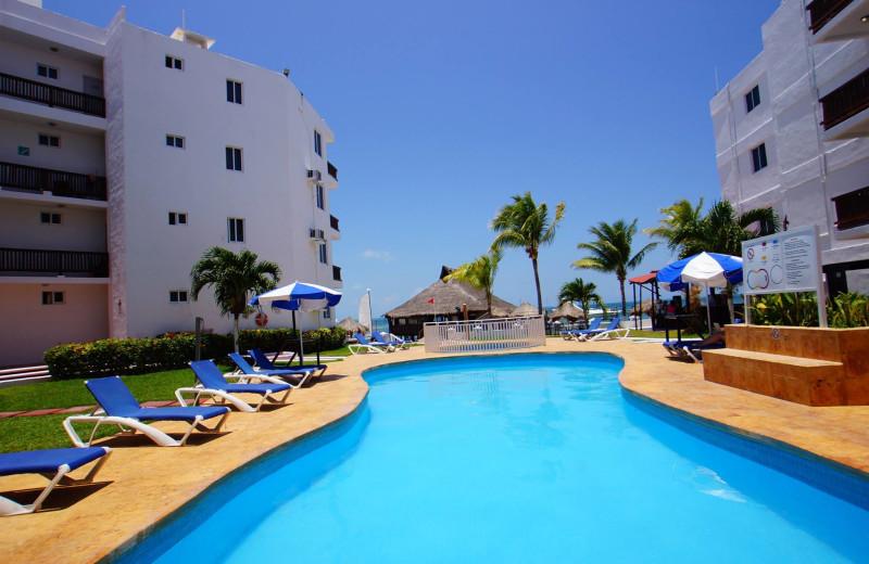 Outdoor pool at Imperial Las Perlas Cancun.