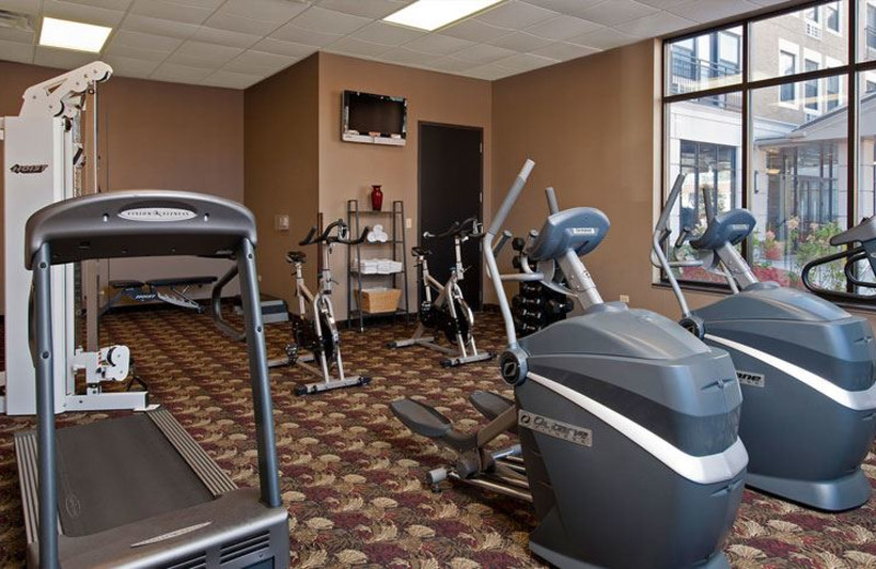 Fitness Center at Chicago South Loop Hotel