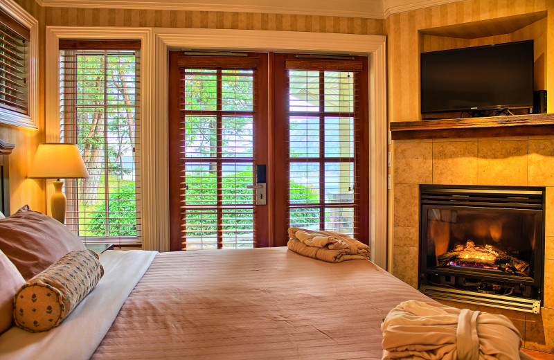 Guest bedroom at Poets Cove Resort & Spa.