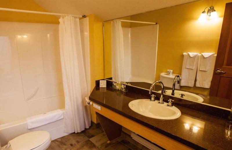 Guest bathroom at Glacier House Resort.