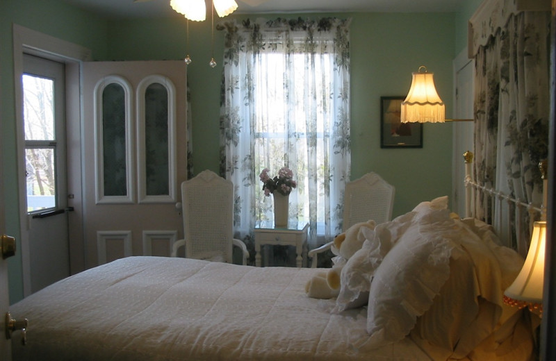 Guest room at White Lilac Inn.