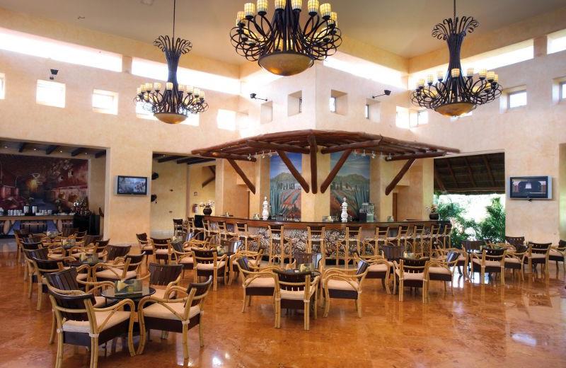 Lobby Bar at Barceló Maya Tropical