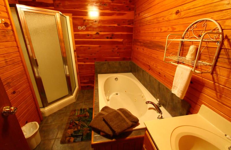 Cabin bathroom at Ozark Cabins.