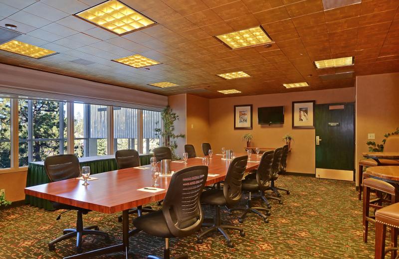 Meeting room at The Ridge Resorts.