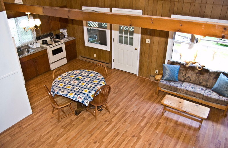 Cottage kitchen at Lakeside Country Cottages.