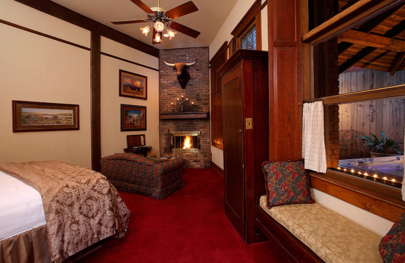 Guest suite at Stockyards Hotel.