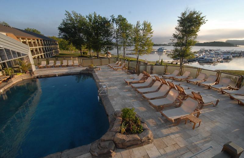 Outdoor pool at Fourwinds Resort & Marina.