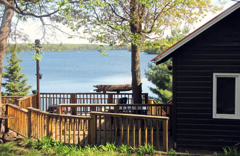 Exterior view of Buck-N-Bass Resort.