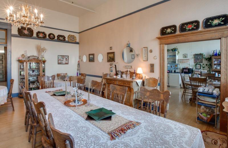 Dining at Noftsger Hill Inn.