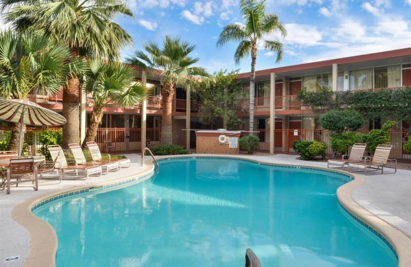 Outdoor pool at Magnuson Hotel Papago Inn.