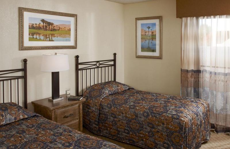 Guest bedroom at Vista Mirage Resort.
