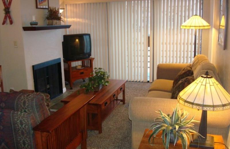 Guest room at Blooming Resort Rentals.