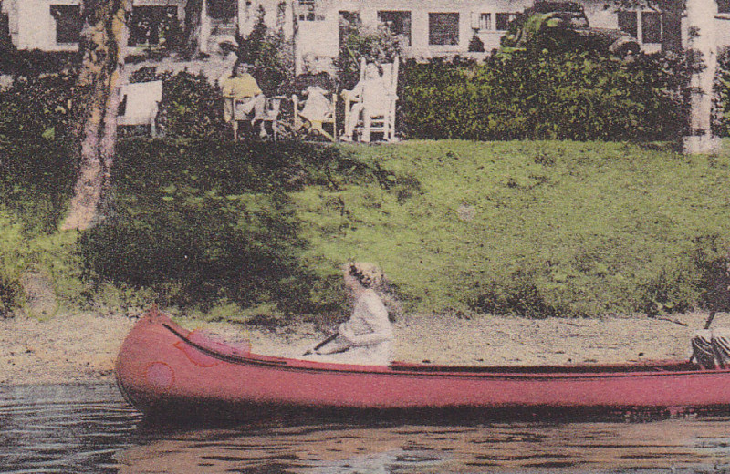 Historic post card of Mirror Lake Inn Resort & Spa.