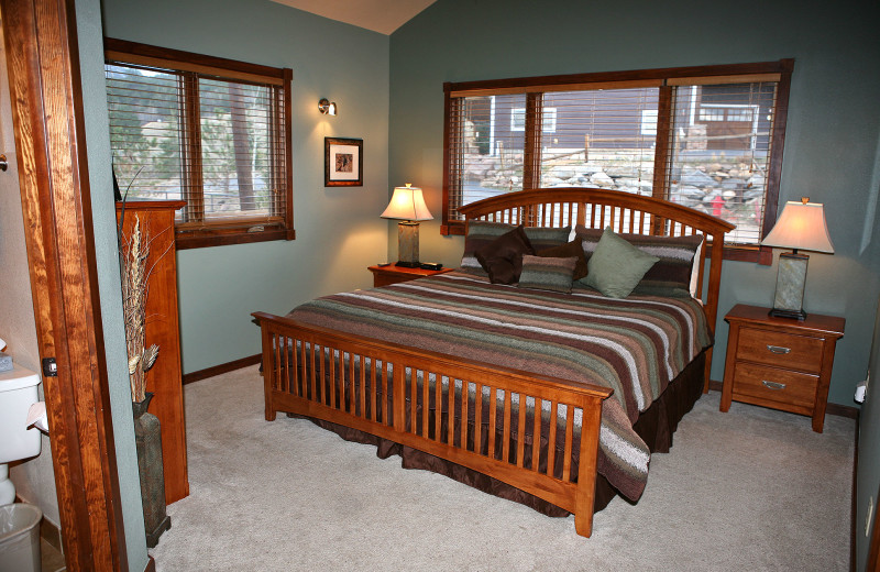 Vacation rental bedroom at Marys Lake Vacation Condos.