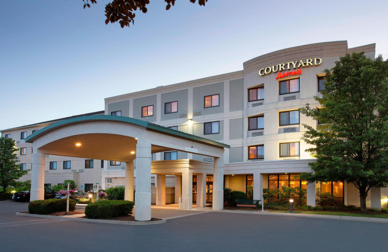Exterior view of Courtyard Middletown.