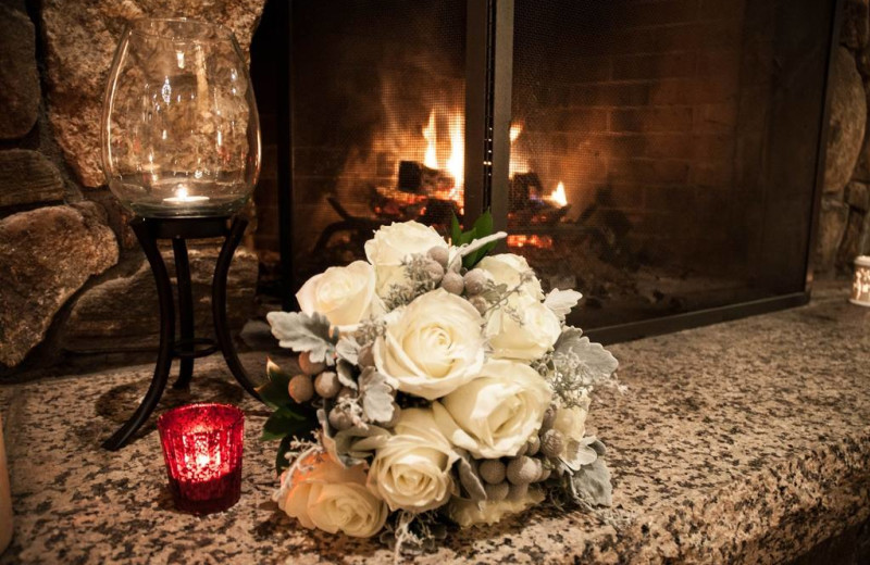 Fireplace and bouquet at Snowflake Inn.