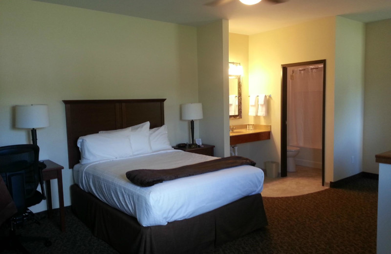 Guest room at Battle Lake Inn and Suites.