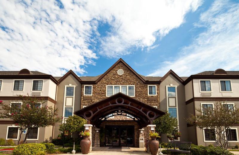 Exterior view of Staybridge Suites DALLAS-LAS COLINAS AREA.