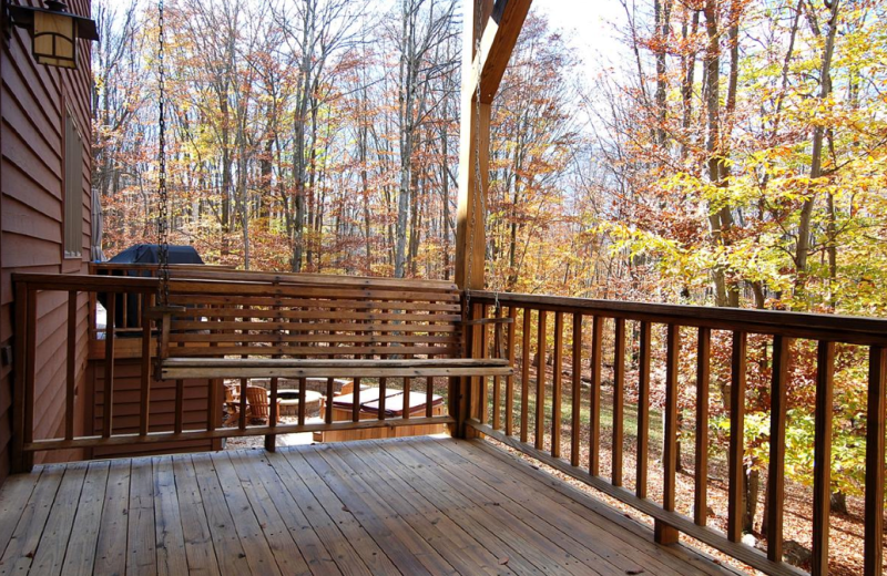 Vacation rental deck at Old Timberline Community.