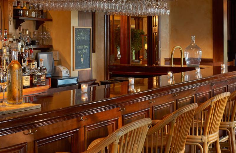 Bar at Mirror Lake Inn Resort & Spa.