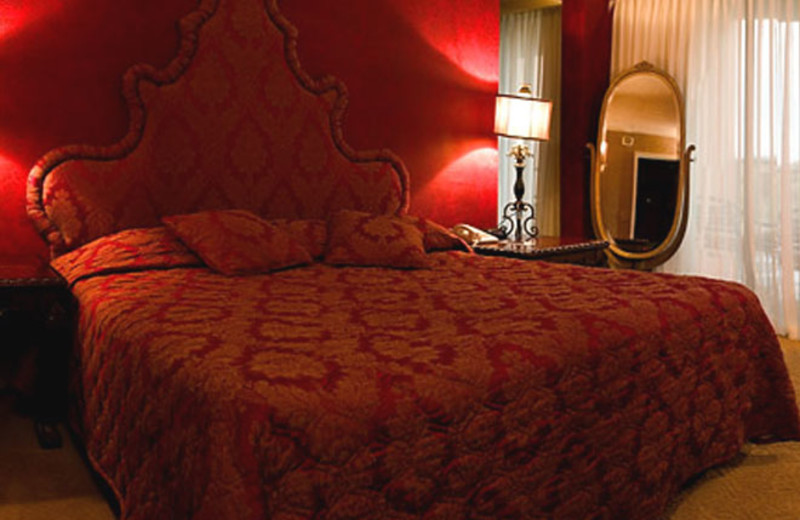 Guest Room at Esplendor Resort