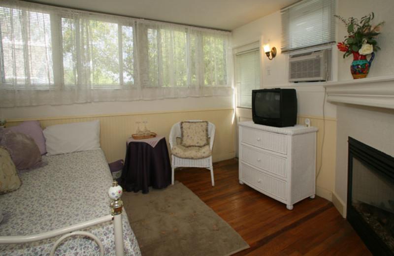 Guest room at Brannan Cottage Inn.