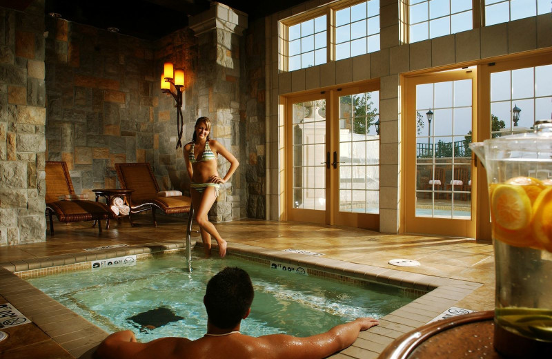 Hot tub at Chateau on the Lake.
