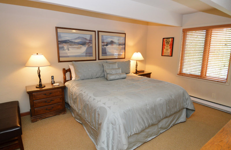 Rental bedroom at Frias Properties of Aspen - Chateau Chaumont #4.
