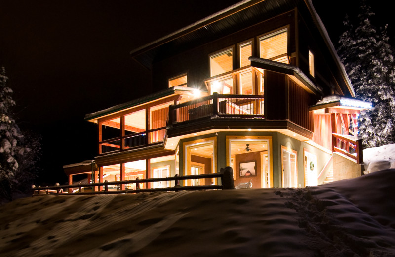 Rental exterior at Cedar House Restaurant & Chalets.