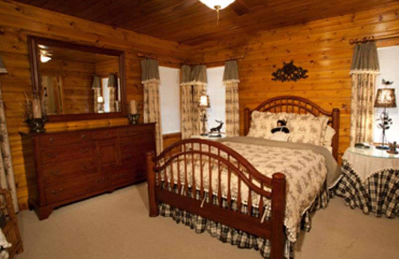 Villa guest room at Chippewa Retreat Resort.