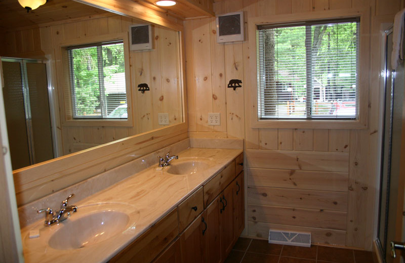 Cabin bathroom at White Birch Village Resort.