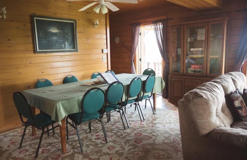 Cabin dining room at Cobtree Vacation Rental Homes.