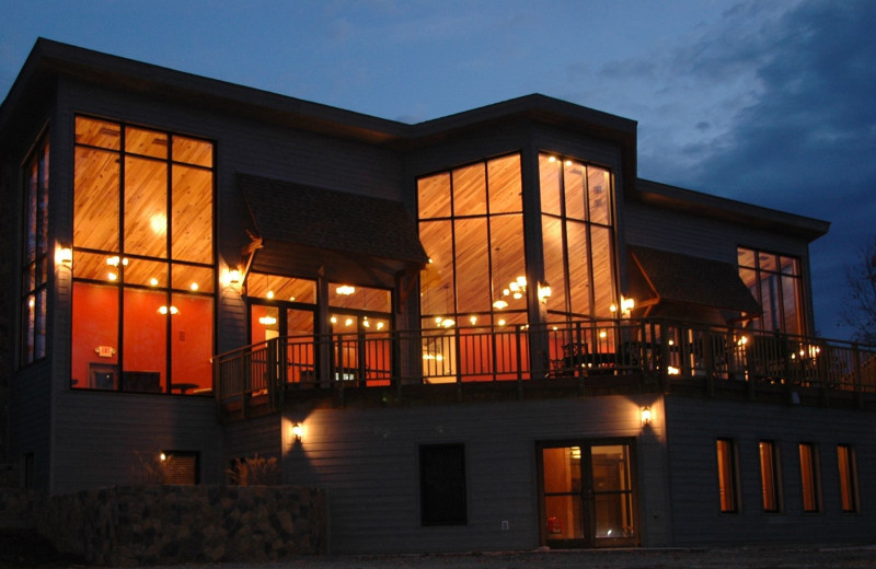 Exterior view of Deer Creek Lodge.