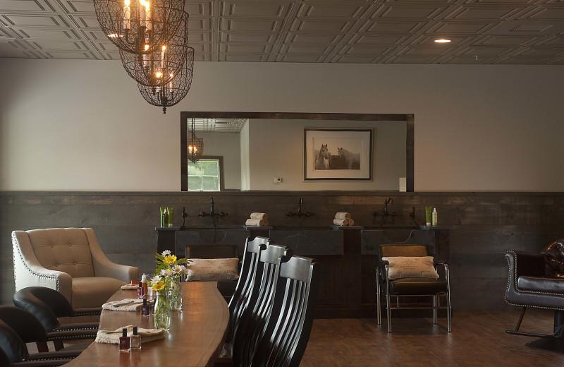 Salon and Sap at The Mountain Top Inn & Resort