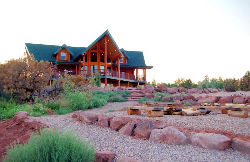 Exterior view of Six Lakes Resort.