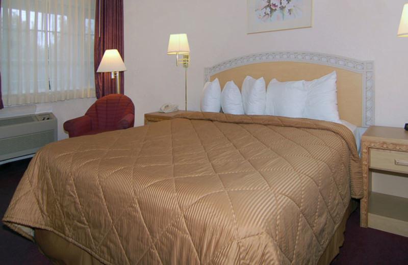 Guest Room at Comfort Inn Palo Alto