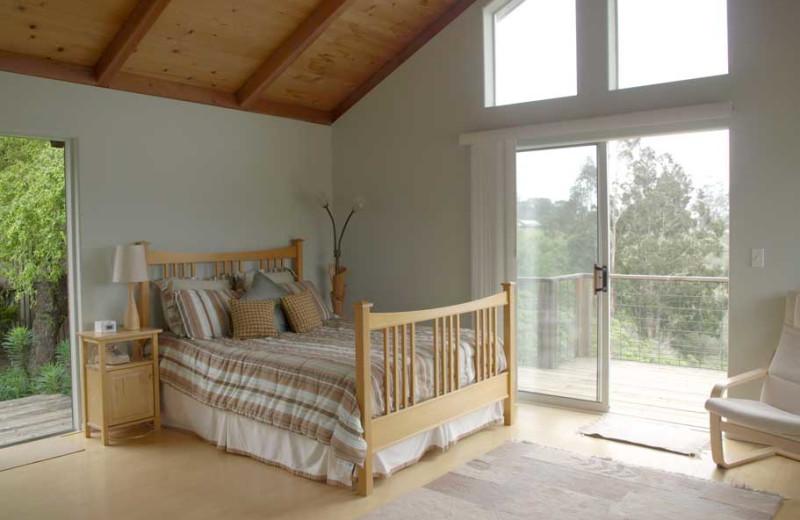 Guest bedroom at Egret's Overlook Home.