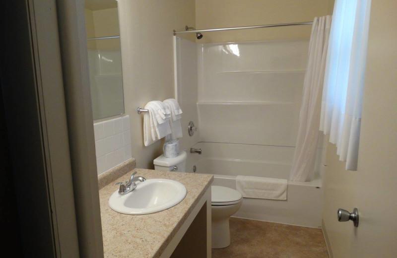 Guest bathroom at Buckhorn Resort.