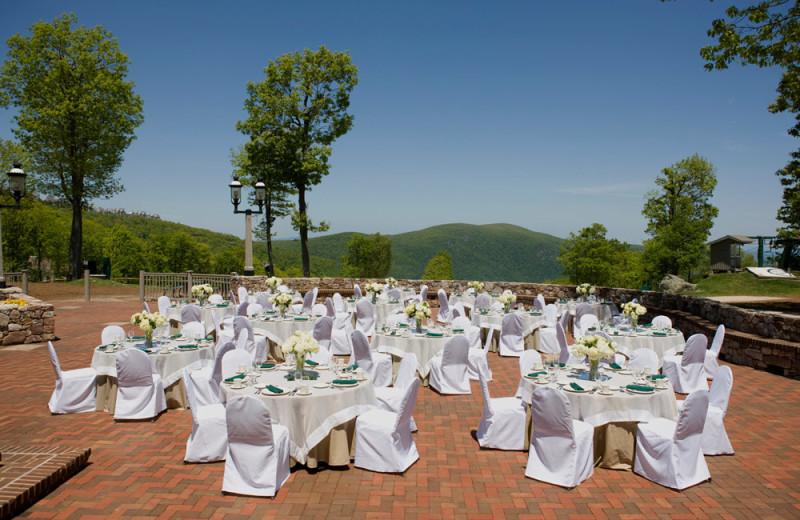 Wedding receptions at Wintergreen Resort.