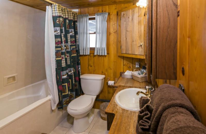 Cabin bathroom at Rocky Mountain Lodge & Cabins.
