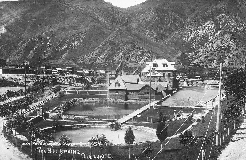 Historical photo of Glenwood Hot Springs.