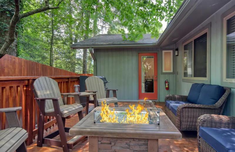 Rental deck at Aunt Bug's Cabin Rentals, LLC.