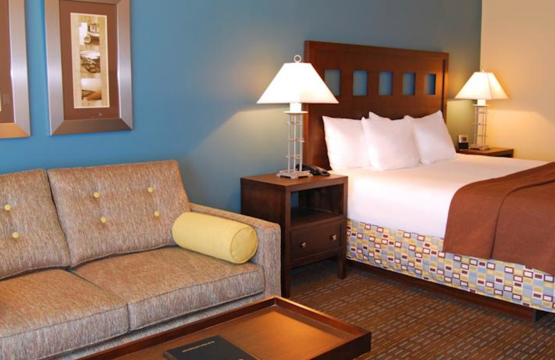 Guest room at Oxford Suites Silverdale.