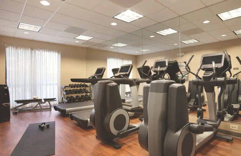 Fitness room at Hyatt Place Chicago/Lombard/Oak Brook.