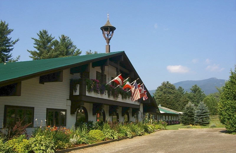 Northern Lights Lodge exterior.