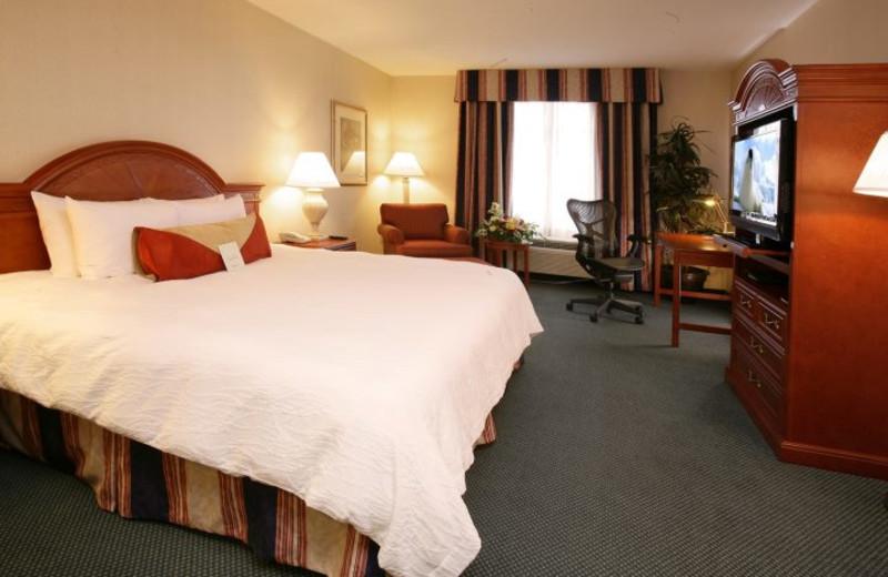 Guest Room at the Hilton Garden Inn Toronto/Markham