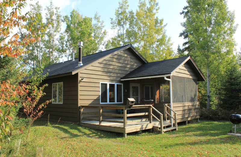 Cabin exterior at Golden Eagle Lodge.